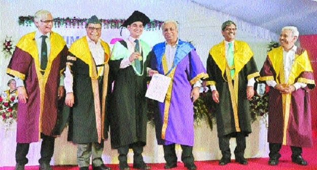 Self-introspection has solution to all problems: Dr Subhash Chandra