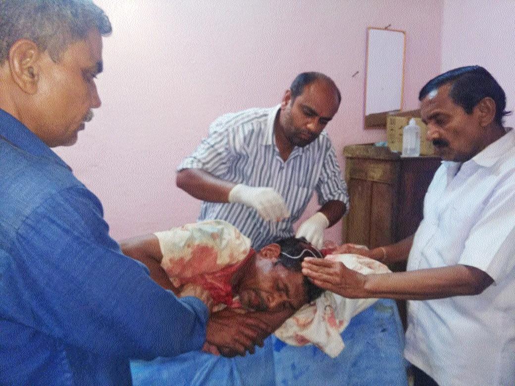 Elderly man thrashed by drunkards