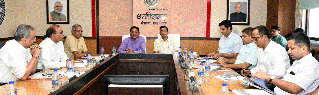 Union MoS Sai reviews works in 10 Aspirational distts