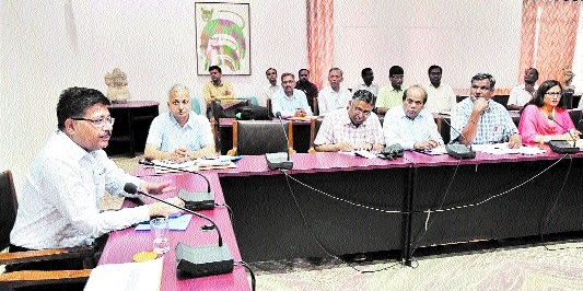 Officers to complete work within time limit and become proactive: Divi Commr
