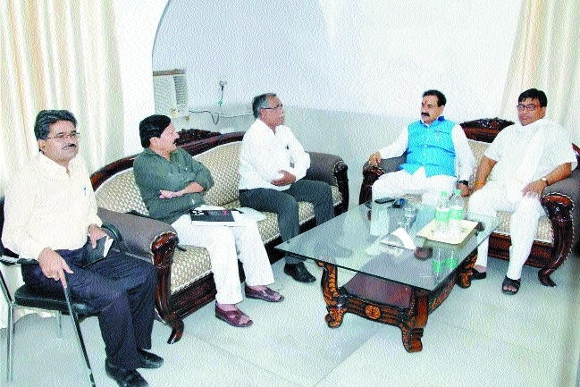 PR Minister Dr Mishra reviews Water Resources Deptt in Rewa