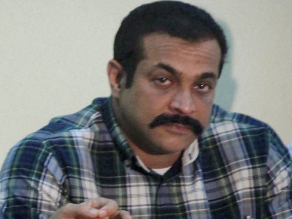 Ailing IPS officer Himanshu Roy commits suicide