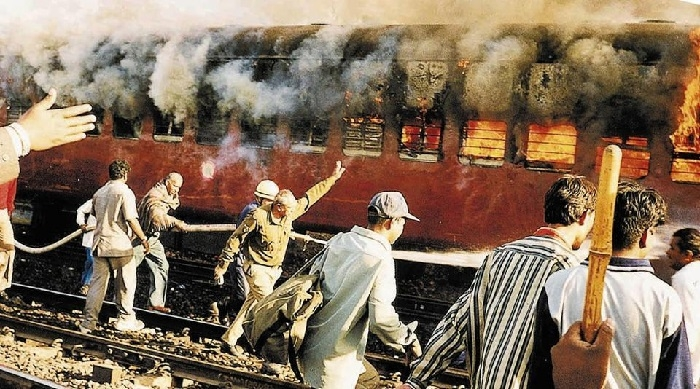 Guj HC upholds sentences of 19 in Godhra riots case