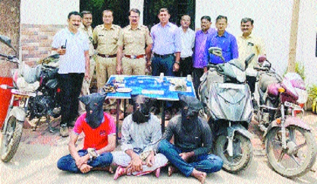 Ajni cops arrest three 'Shetti' gang members involved in various thefts