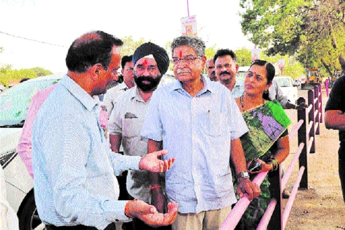 Minister Dr Shejwar inspects under construction pathway
