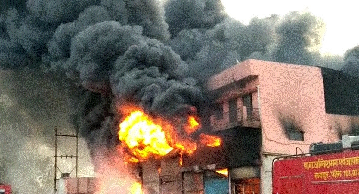 Major fire in edible oil godown