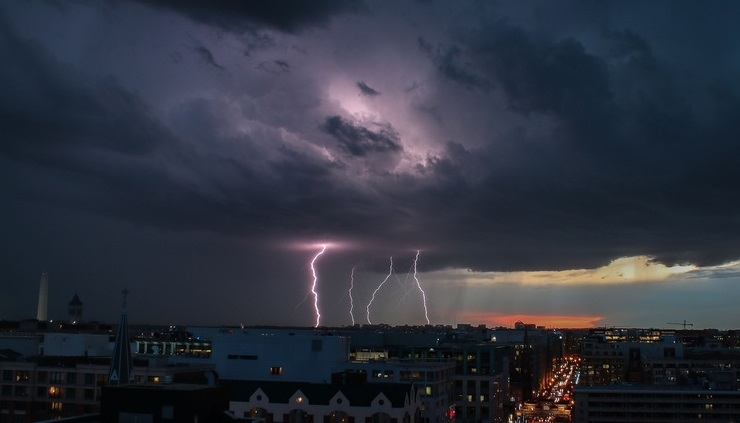 Lightning strikes, thunderstorms claim 80, injures 136 in 5 States