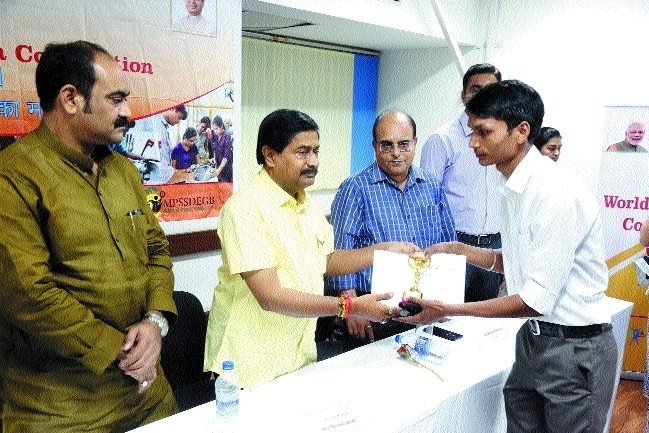 Joshi fetes winner of Zonal-level World Skills India contest