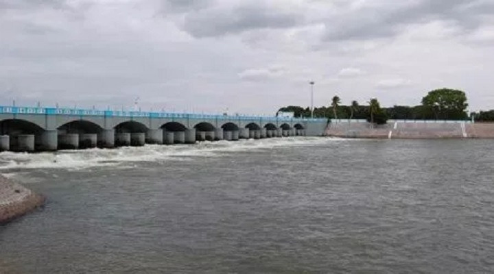 SC rejects K'taka's plea to stall draft Cauvery scheme