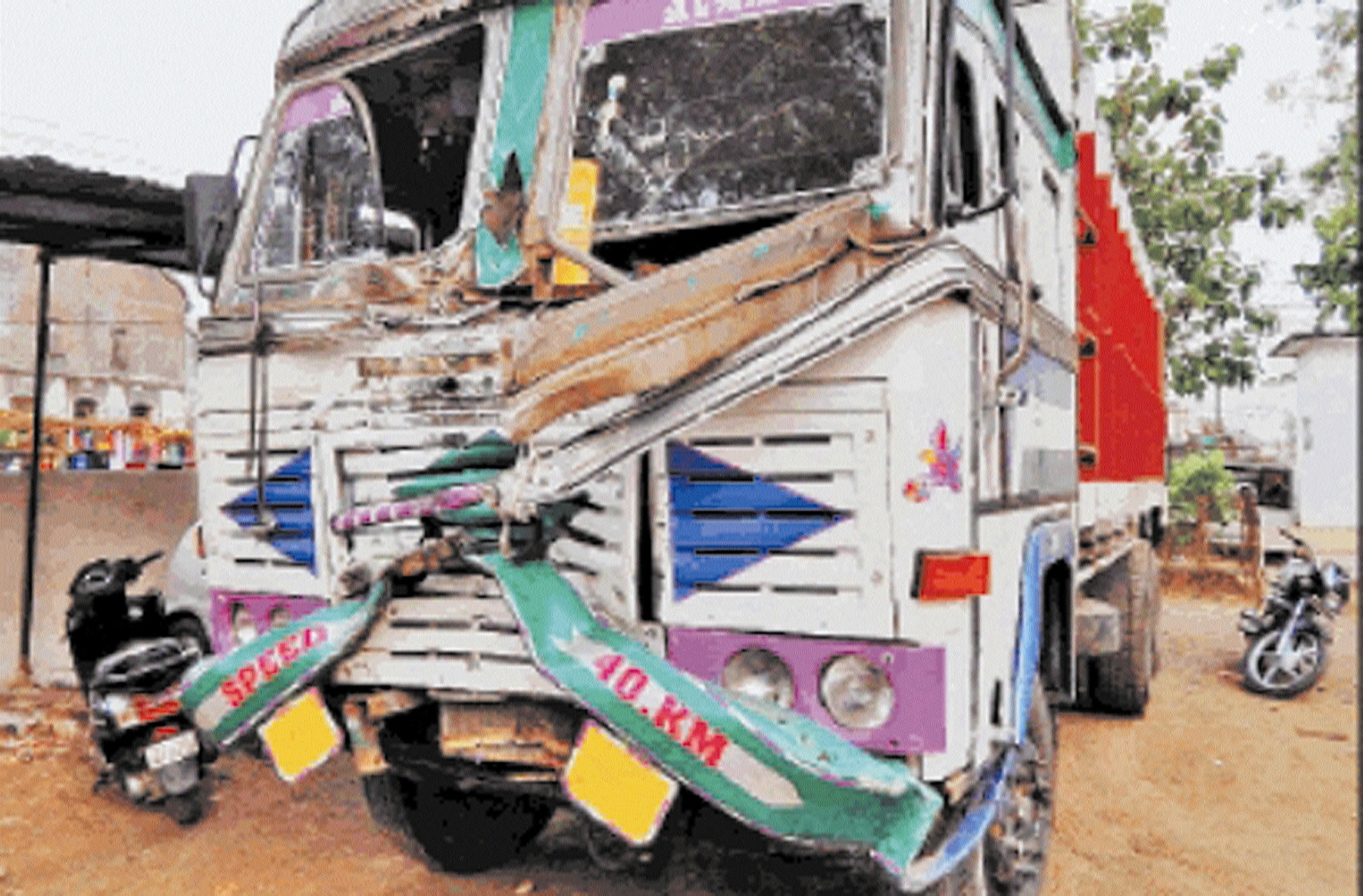 33 cattle rescued from truck, nine found dead