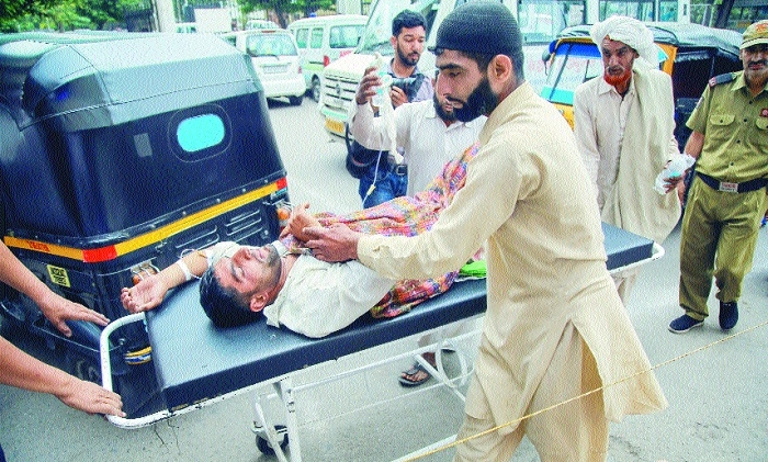 BSF jawan, 4 civilians killed in Pak shelling