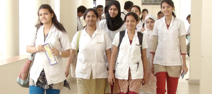 Med colleges can not force students to 'serve' them for a year after PG