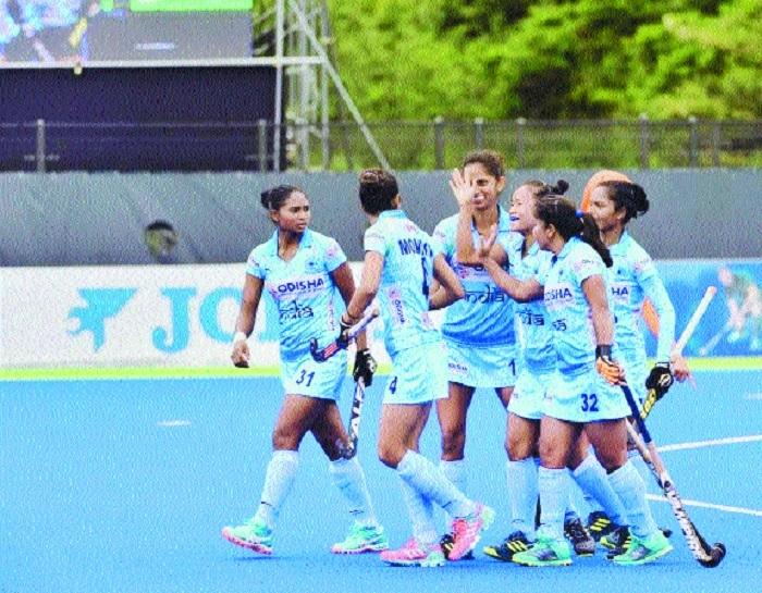 India eves hold Korea