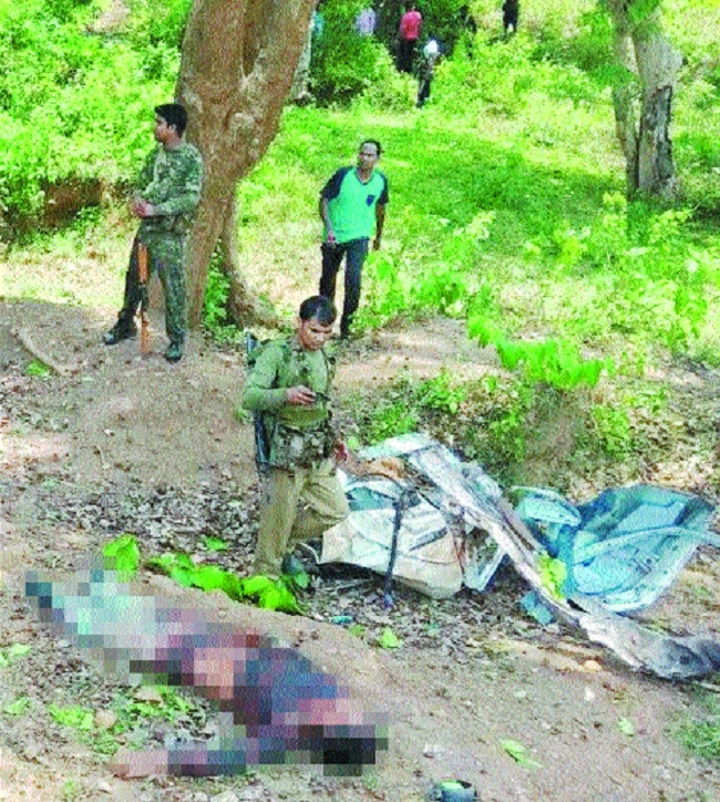 7 troopers killed as Naxals blow up vehicle in C'garh