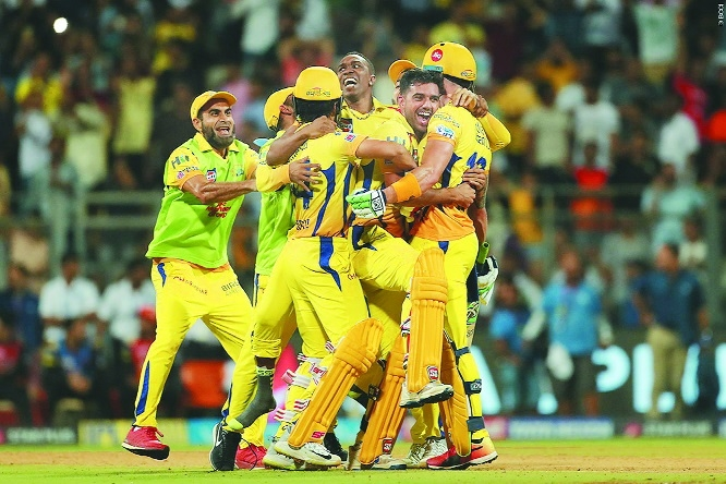 CSK pip Sunrisers to make their 7th final