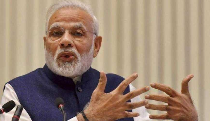 PM reviews grievance redressal in post offices, railways