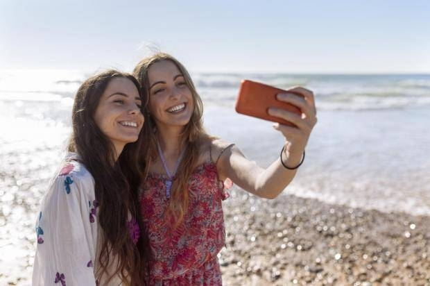 SELFIE CULTURE AND ITS IMPACT ON BEAUTY BRANDS IN INDIA
