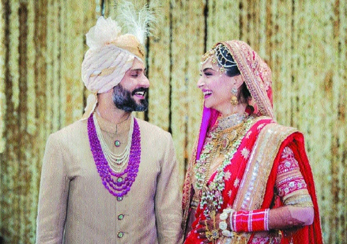 Sonam marries Anand Ahuja