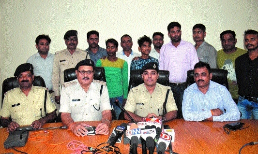 2 drug peddlers arrested, 125 gm smack worth Rs 12.5 lakh seized