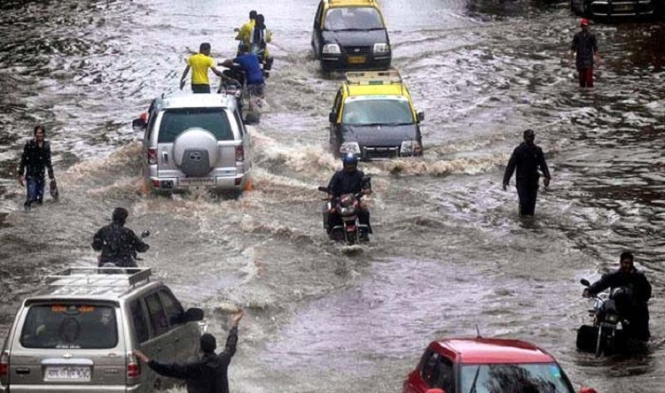 Heavy rains kill 2 in Thane