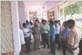 Seoni Collector holds inspection of distt hospital