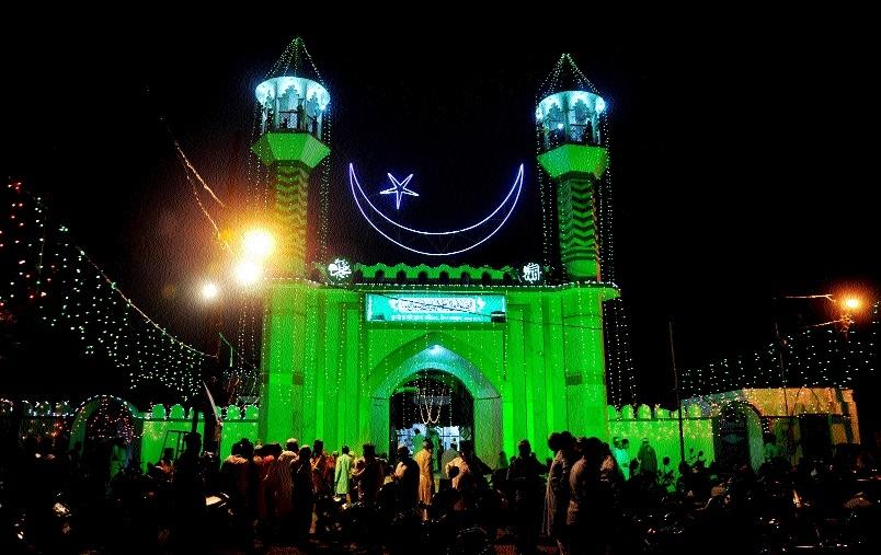 Muslim community observes Shab-e-Qadr