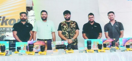 Overwhelming response to 'Nikon Lens Demo' at Altaf H Vali