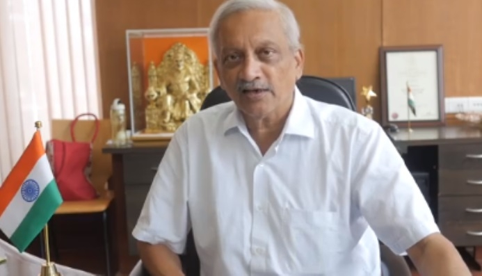 Day after return from US, Goa CM visits temples, chairs meet