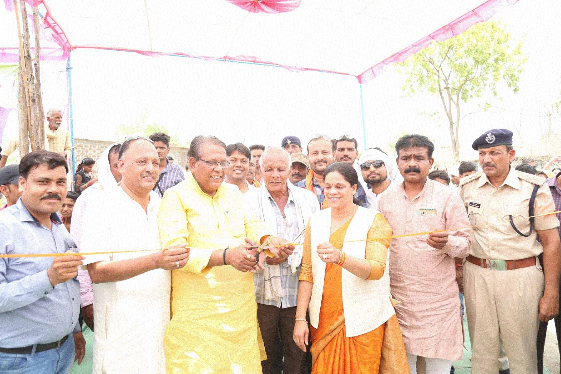 Minister Gupta lays stone for devpt works in Surkhi segment