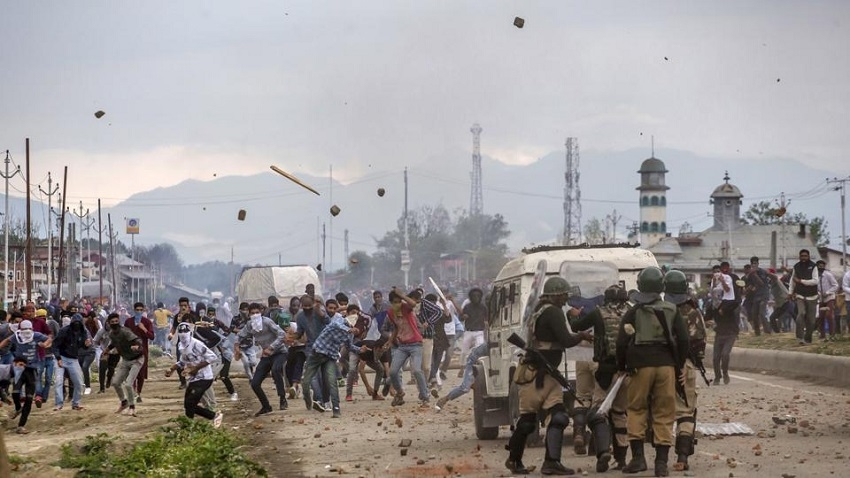 Hizbul, JeM recruited, used children in J&K during clashes with forces: Report