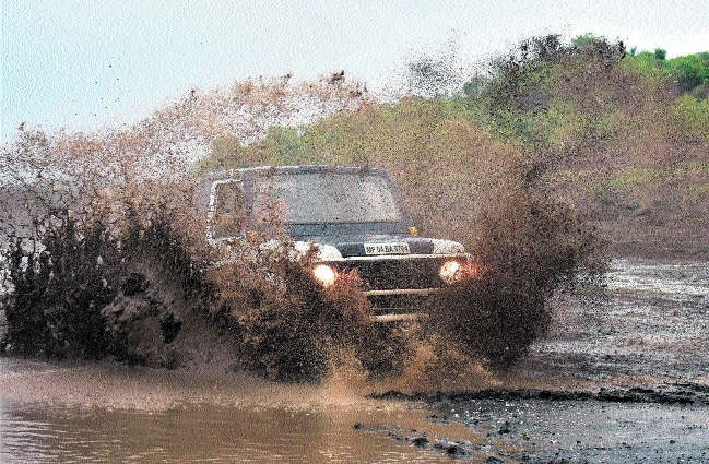 Mud Challenge Rally organised in Kaliasoth n Staff Reporter