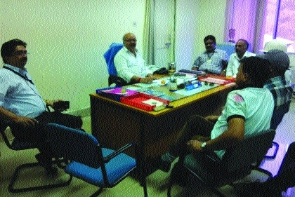 CITU delegation discusses grievances of SMS-III employees with M P Singh