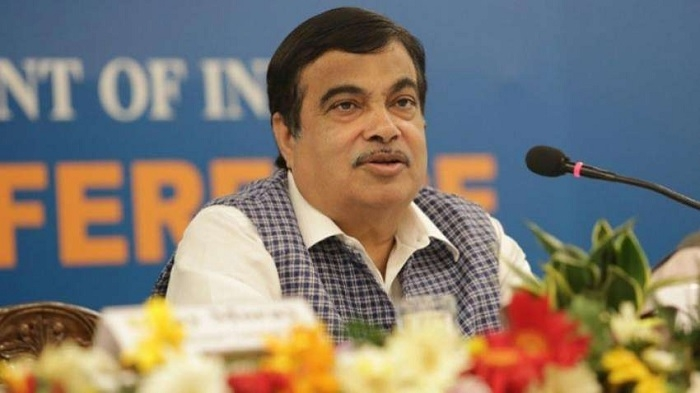 Find ways to fund stalled road projects: Gadkari to bankers