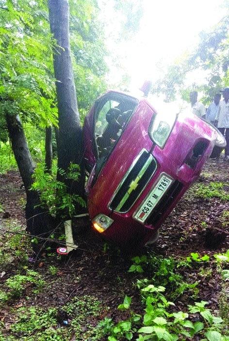 Road Mishap: BSP DGM's car hits AGM riding scooter