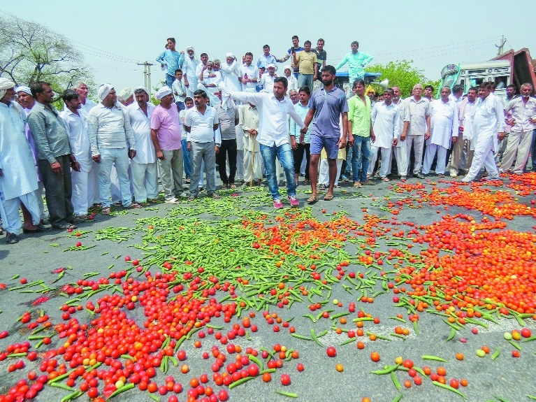 Vegetable prices soar on Day 3 of farmers' protest