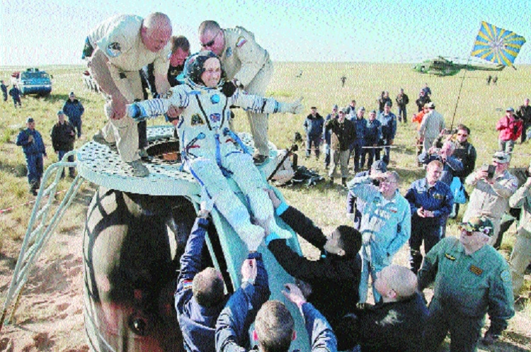 3 ISS astronauts return to Earth safely