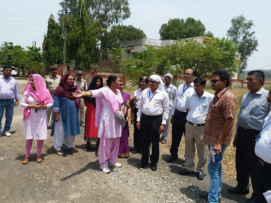JNAU Vice Chancellor Bisen inspects hostels