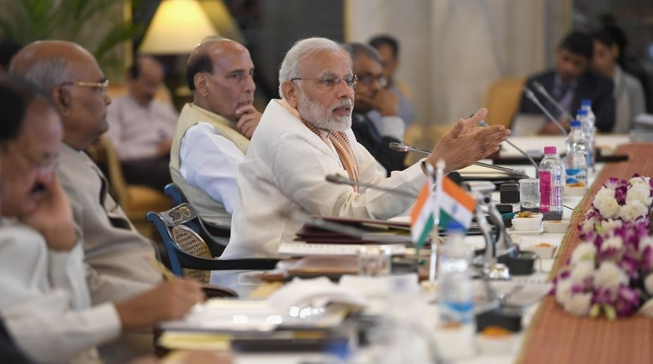 Modi urges Governors to help make Indian varsities world's best