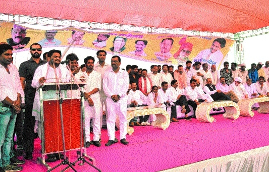 I will always fight for rights of farmers: Hardik Patel