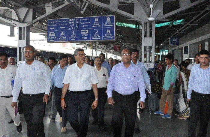 Annual Inspection: CRB Lohani inspects Jabalpur division