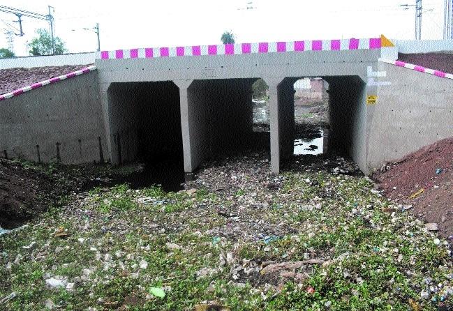 Monsoon at MP's doorsteps, several drains still clogged