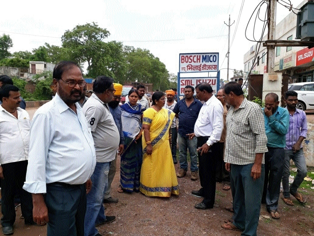 Mayor inspects sanitation projects in various wards