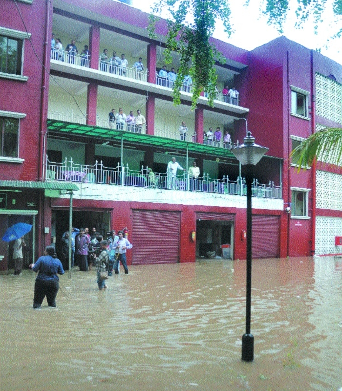 CM orders probe into water-logging in Vidhan Bhavan premises