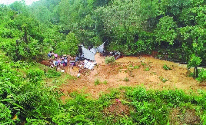 9 killed in Manipur landslides
