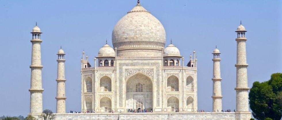 Restore Taj or demolish it, SC tells Centre, ASI