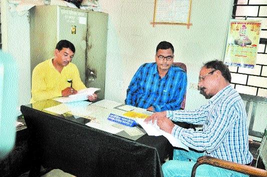 Revenue inspector caught taking bribe