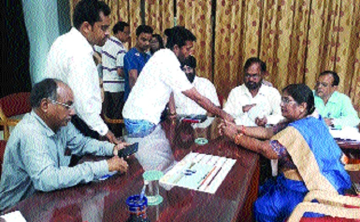 Durg Mayor hears people's woes