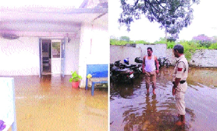 Incessant rains flood 'Bhatti Thana'