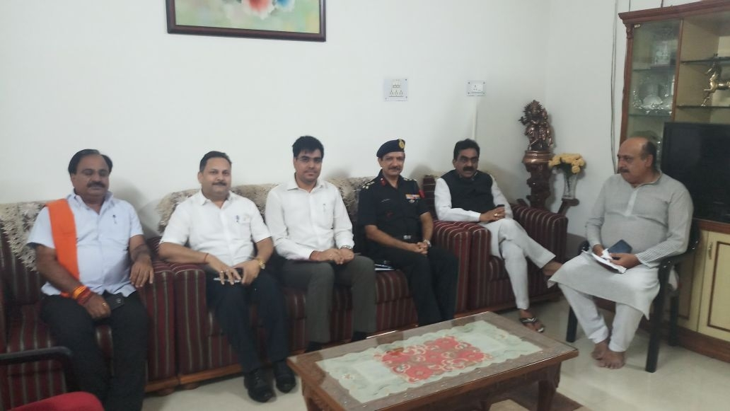 MP Rakesh Singh holds meeting to discuss civic problems in Cantonment area