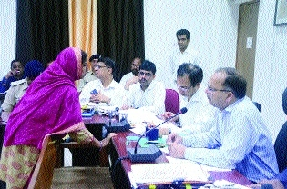 Collector hears to people's woes